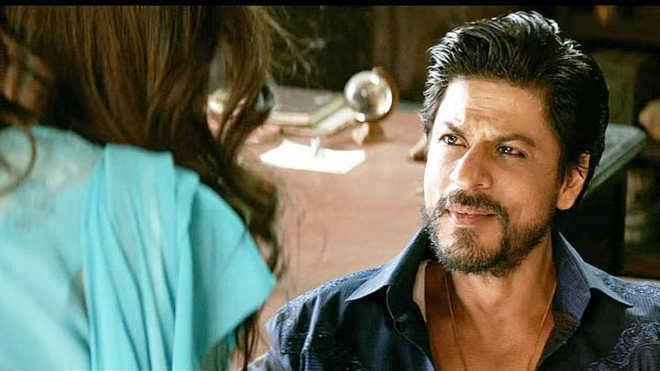 """Bollywood superstar Shah Rukh Khan, who plays a Gujarati bootlegger in his forthcoming film """"Raees"""", says whether he believes in the actions of a character or not, he understands its essence and becomes obsessive to portray the character. #ShahRukhKhan #Bollywood #Raees"""