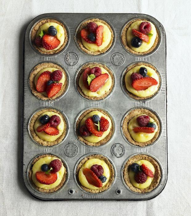 Små tærter med bær