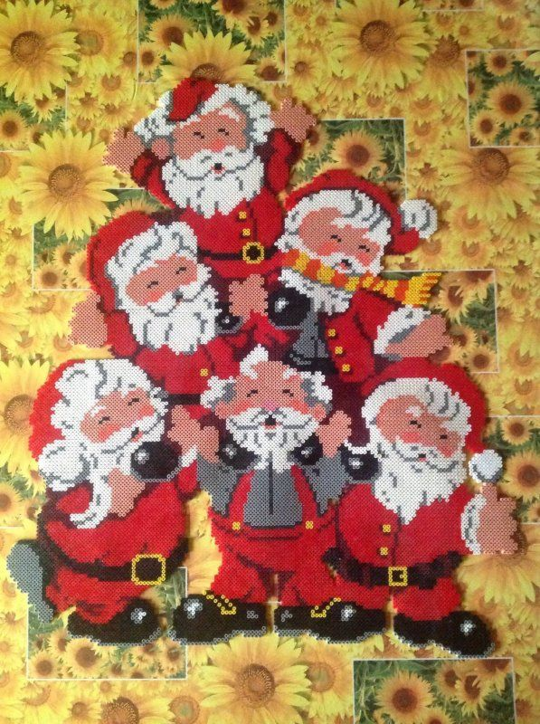 Christmas Santas hama perler beads by cathy077