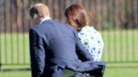 Ésta no es la primera vez que la difusión de una fotografía causa molestia en Buckingham.