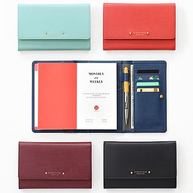 I wonder if this would fit the Hobonichi Weeks? Pochette Leatherette Diary Wallet from MochiThings $47.95