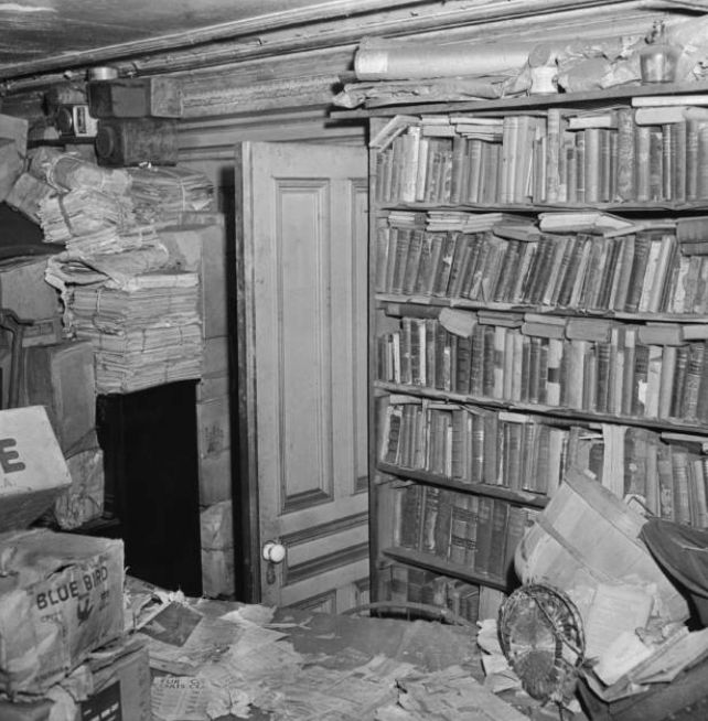 The Curious Story of the Collyer Brothers, History's Worst Hoarders - History Daily