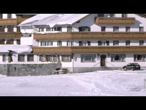 Landgasthof Löwen - Nesselwang - Visit http://germanhotelstv.com/landgasthof-lowen-e-k The family-run hotel offers panoramic mountain views an indoor swimming pool and a traditional restaurant. It is located at an altitude of 900 metres in the Eastern AllgÃu Alps 1.5 km from Nesselwang. -http://youtu.be/Ht_c8RFJer0