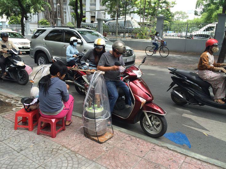 Un ptit creux pas de soucis et je reste sur mon scooter...