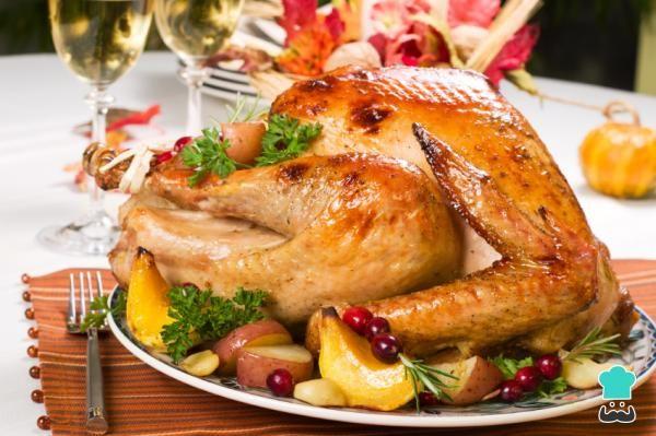 Receta De Auténtico Pavo Relleno Para El Día De Acción De Gracias Recetas Con Pavo Pavo Relleno Pavo Navideño