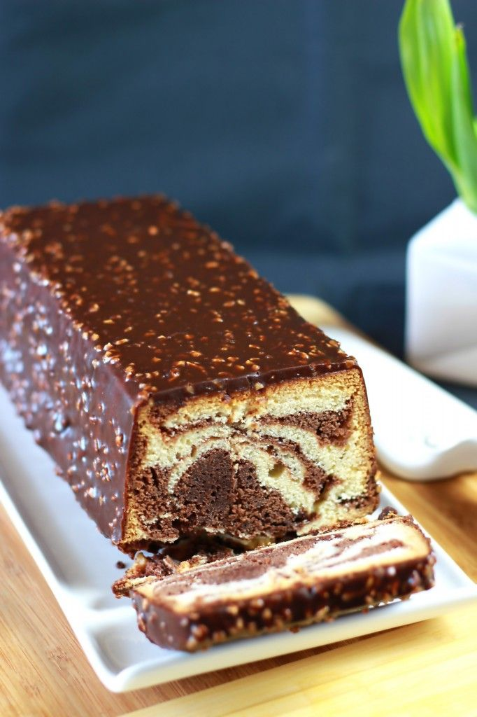Cake marbré de François Perret, glacé façon Rocher - Best Chocolate Marble Cake with hazelnuts frosting The Happy Cooking Friends