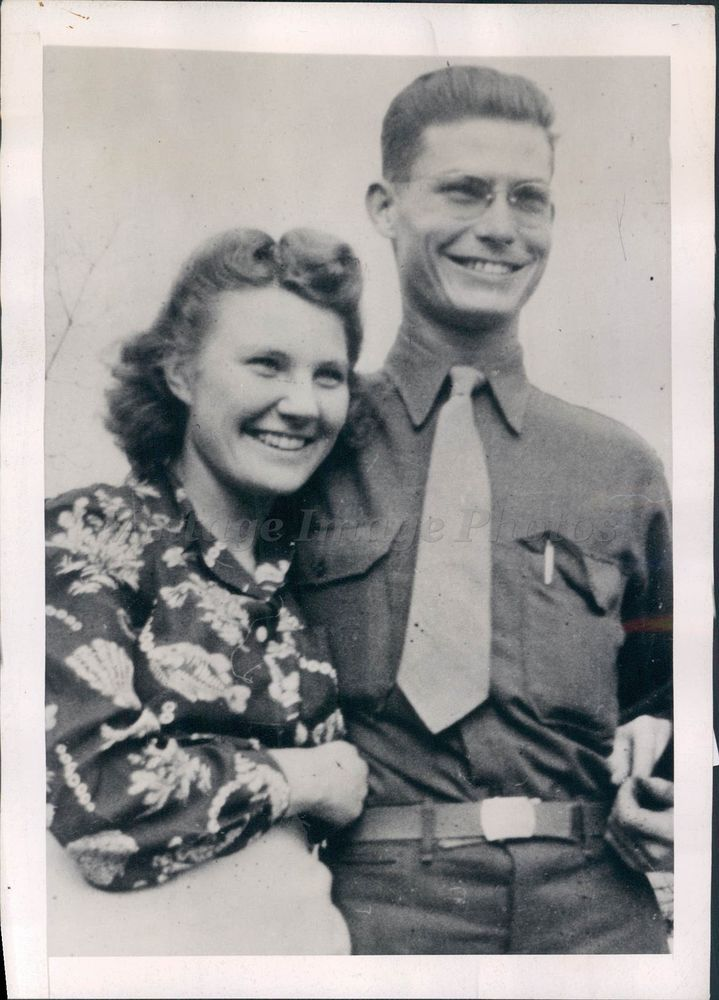 1945 Photo WW2 Era Desmond Doss Dorothy Okinawa Hero School Teacher Norfolk