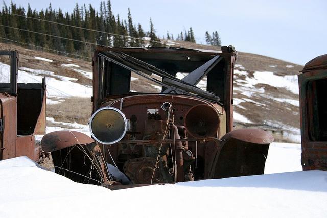 Antique Car by Tif fy, via Flickr