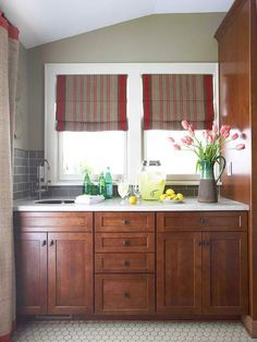 How to Stain Kitchen Cabinets Tired of the old finish on your kitchen cabinets? Try our kitchen cabinet solution! Follow these directions on how to stain kitchen cabinets and give them a fresh look.