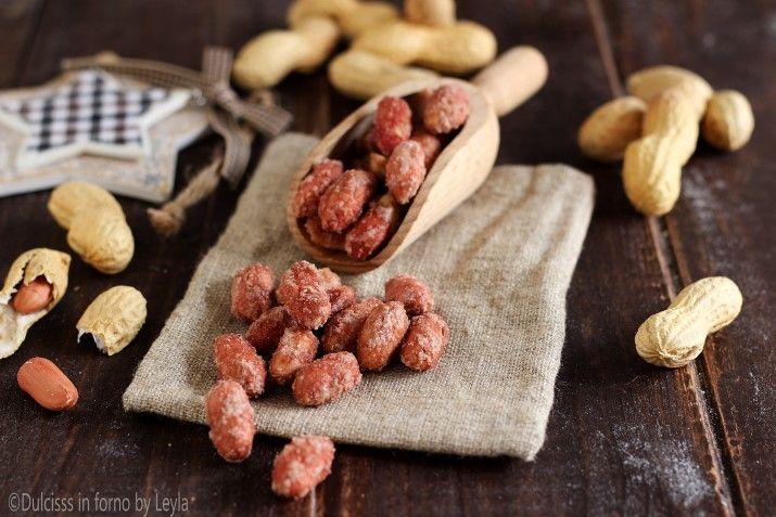 Le Arachidi pralinate sono davvero veloci e facilissime da preparare a casa e con pochissimi ingredienti ! Golose come quelle comprate !