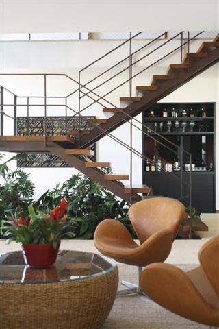 escada madeira e aço corten