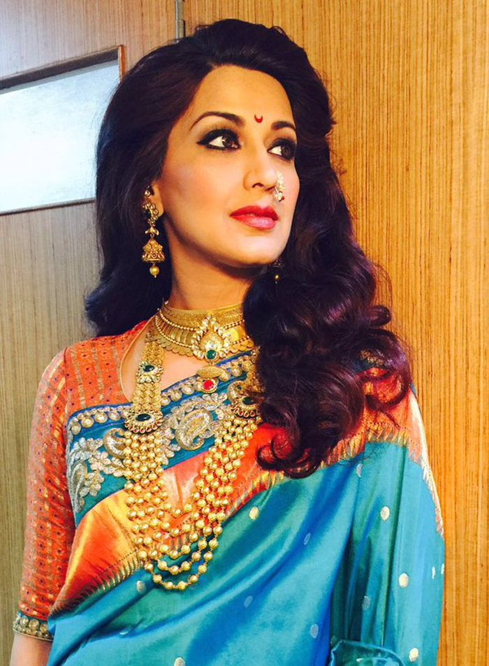 Sweet #SonaliBendre with a #Marathi #bride costume.