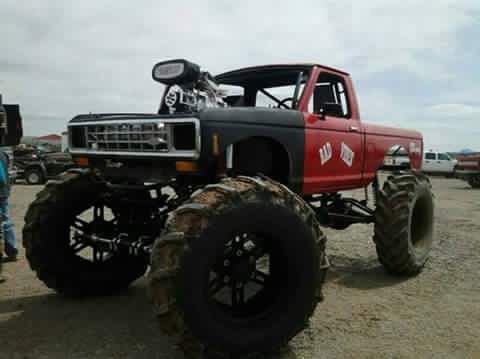 541 best images about trucks mud on pinterest chevy trucks and 4x4. Black Bedroom Furniture Sets. Home Design Ideas