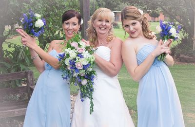 Portfolio Photographer based in Caboolture, Portraits, Weddings, Events, Newborns, Maternity, Engagements, Commissions, Packages to suit everyone. Mix & Match extra goodies.