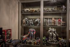Jon's hottoys & transformers collection - Cybertron.CA - Canadian Transformers News and Discussion
