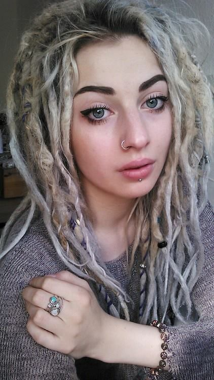 ((not a  huge fan of white people with dreads bc they usually don't know how to clean them but this is really pretty!!))