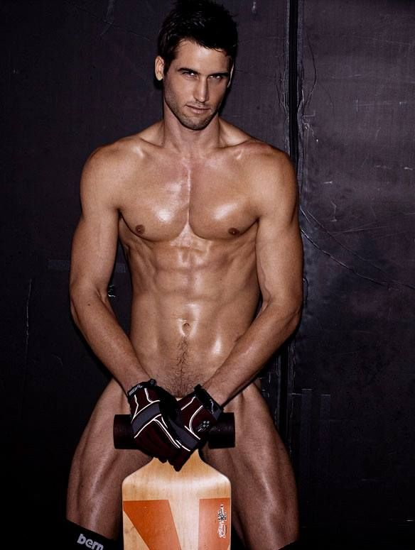 Pin On Hot Guys And Their Smoldering Eyes-4508
