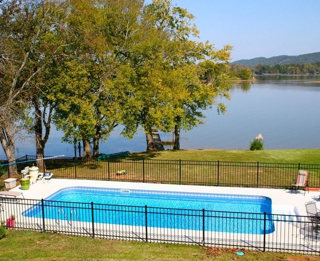 Best 25 rectangle above ground pool ideas on pinterest for Above ground pool house ideas