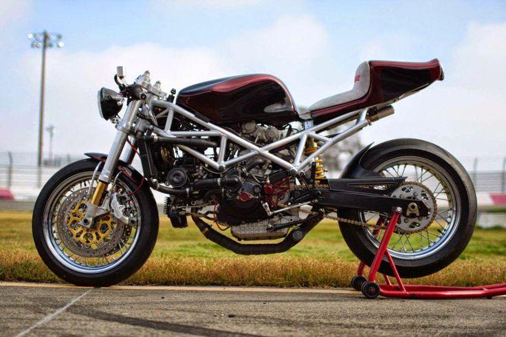 IL DUCATISTA: Special Ducati ST4