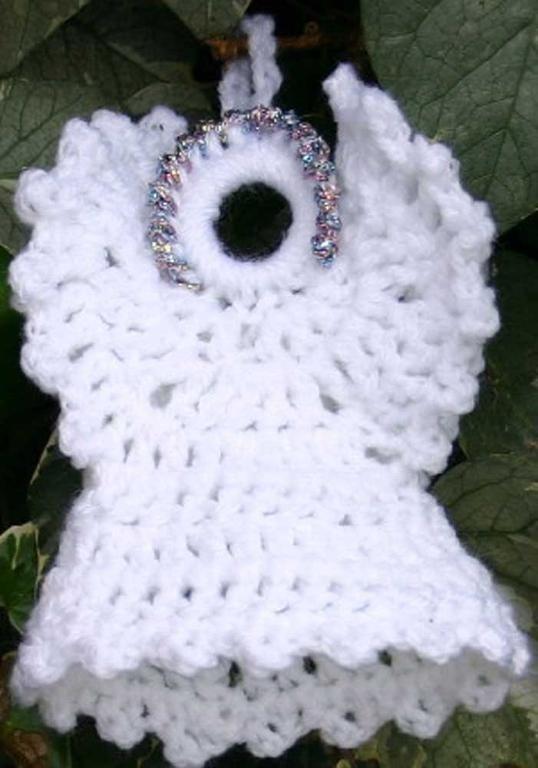 Picot Christmas Angel - free crochet pattern on Craftsy