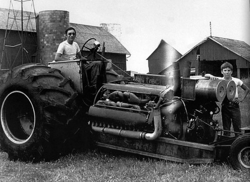 """EJ Potter, The Michigan Madman, found a rare Allison dual-V12 24-cyl bomber engine and made a tractor pull tractor called """"Double Ugly"""