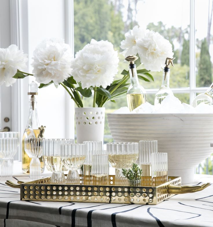KELLY WEARSTLER   SALONE TRAY. Surreal and unconventional tabletop accessory