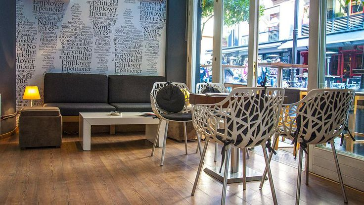 Vitrina Coffee Store Volos