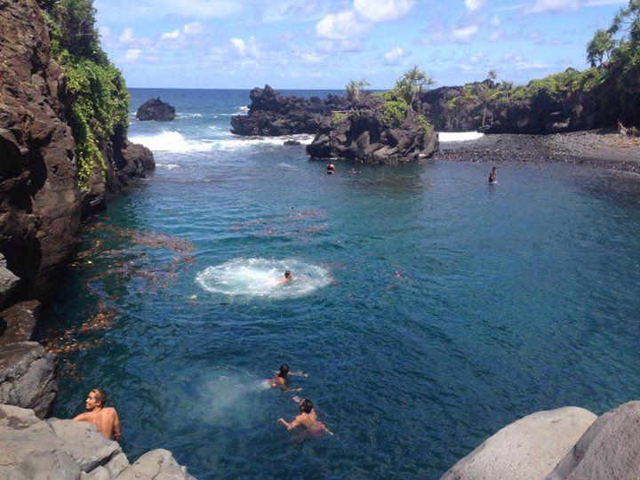 Waioka Pond aka Venus Pool, Maui, Hawaii _ Waioka is ...