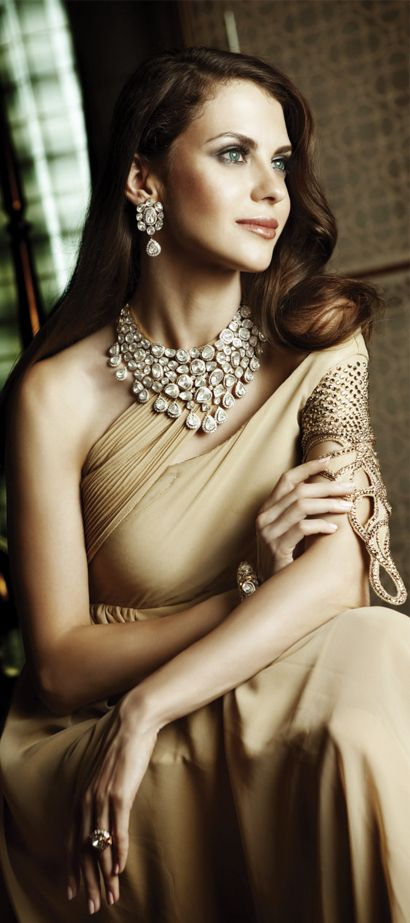 Indian Jewellery and Clothing: Wonderful bridal jewellery from Khurana Jewellers.. #Saree #indian wedding #fashion #style #bride #bridal party #brides maids #gorgeous #sexy #vibrant #elegant #blouse #choli #jewelry #bangles #lehenga #desi style #shaadi #designer #outfit #inspired #beautiful #must-have's #india #bollywood #south asain