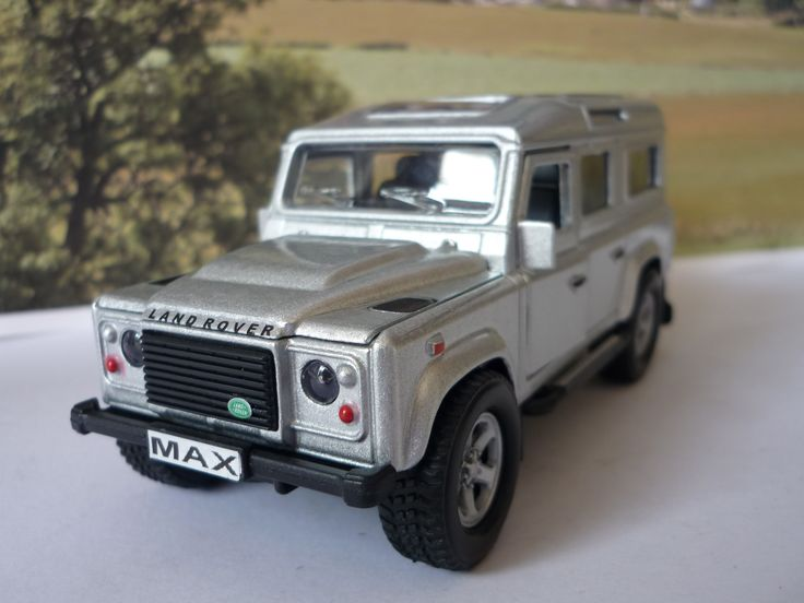 Personalised Plate Silver 4x4 Land Rover Defender Boxed