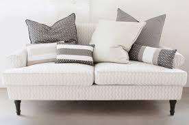 Risultati immagini per cuscini divano
