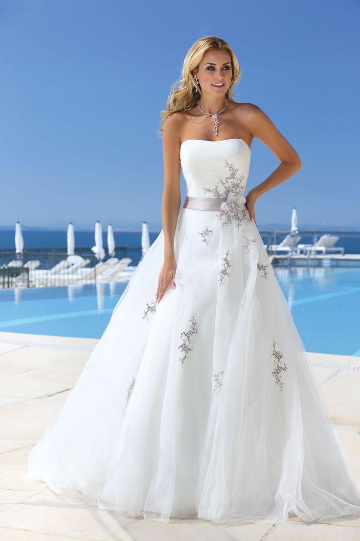 1665 best Hochzeitskleid mit Spitze images on Pinterest | Wedding ...