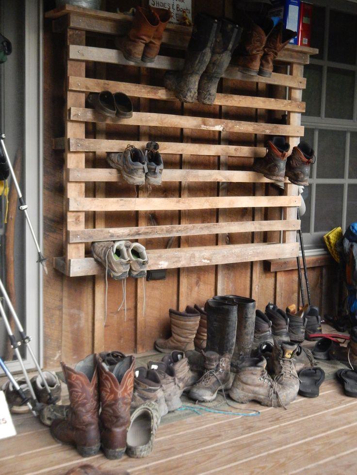 best 25 outdoor shoe storage ideas on pinterest diy shoe storage muck boots for kids and. Black Bedroom Furniture Sets. Home Design Ideas