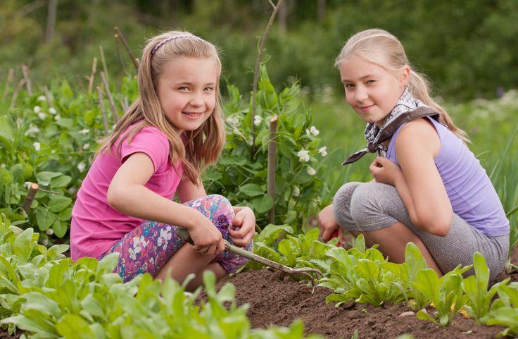 Ecco i nostri consigli per avvicinare i #bambini al mondo del #giardinaggio. #orto #didattica #gioco #natura