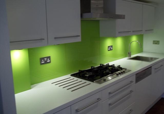 Lime green splashback it 39 s time for lime pinterest for Cheap kitchen ideas pinterest