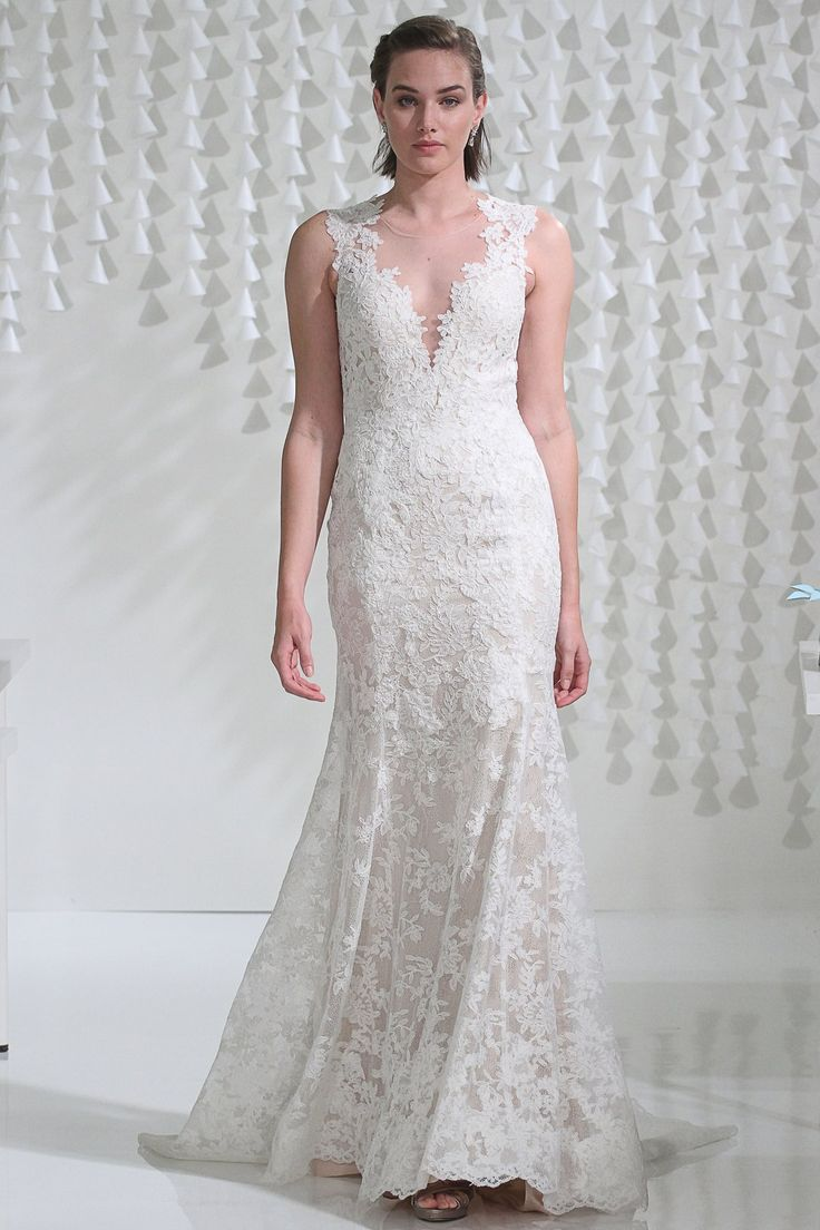 Spectacular Watters Brides Ashland Gown available at StarDust Celebrations Dallas Texas Bridal Salon