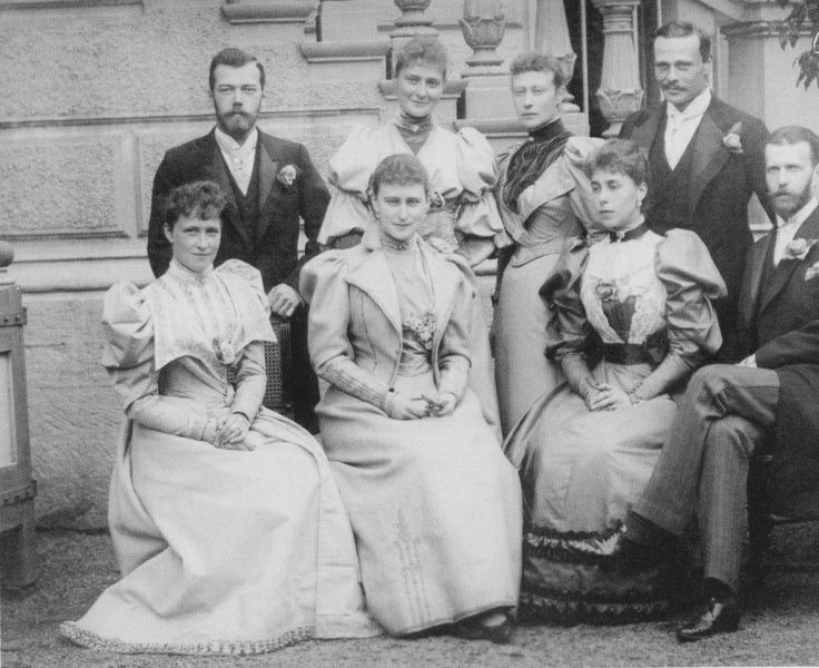 Group photo taken during the wedding celebration of Princess Victoria Melita of Saxe-Coburg and Gotha & Ernest Louis, Grand Duke of Hesse and by Rhine - Coburg, 1894