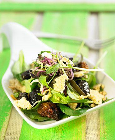 Fresh and crispy Mediterranean salad