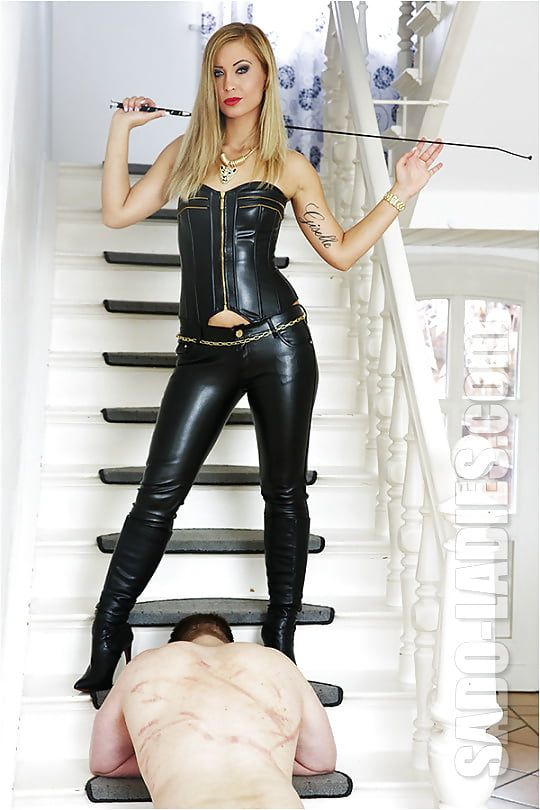 511 Best Femdom Images On Pinterest  Black Leather -3068