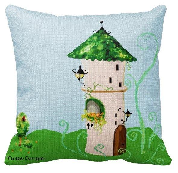 ✄ PATRON PUNTO CRUZ  Cojin con diseño Fantasía, decorativo, tamaño:  50 x 50 cm