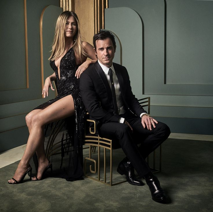 Jennifer Aniston and husband Justin Theroux take part in Mark Seliger's Vanity Fair Oscar party portraits (via Vanity Fair).