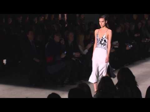 Narciso Rodriguez | Fall Winter 2015/2016 Full Fashion Show | Exclusive - YouTube