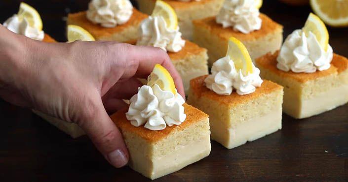 Na vrchu vás poteší nadýchané cesto, vo vnútri jemný krém a v spodnej časti hustejšia mokrá časť. Magický koláč z vaječného krému. Recept magic custard cake