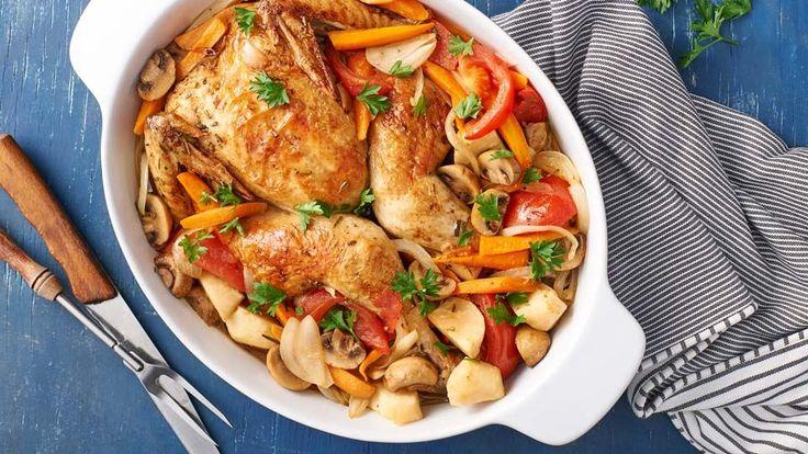 Recept Marcela Ihnačáka na dokonalé pečené kuře na pivu se zeleninou najdete na stránkách Kuchyně Lidlu!