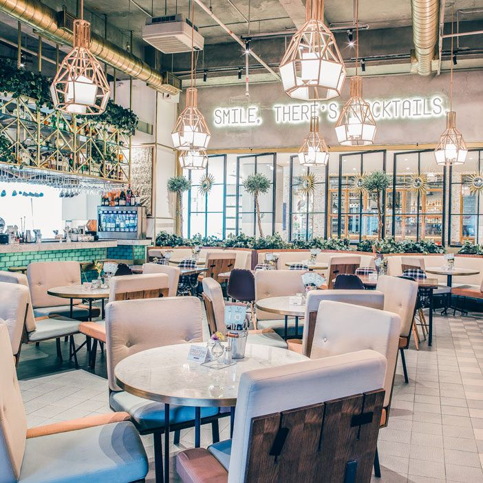 Enjoy a delightful eating time in a beautifully decorated Publik Markette