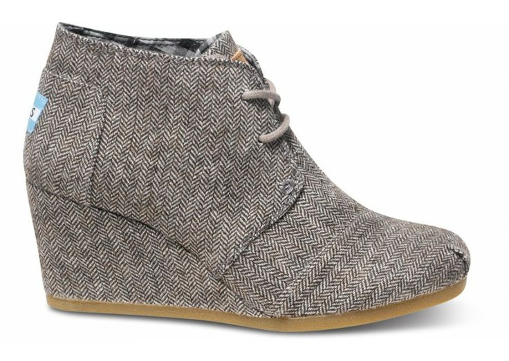 I LOVE Toms Shoes! I just bought these... now I have to figure out what to wear them with!