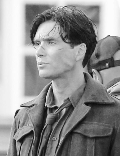 Cillian Murphy Jaw Clench™ on the set of Dunkirk, by request from instagram