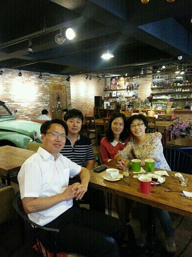 박미자 선교사님 안식년 입국후 문순삼목사 부부와 함께