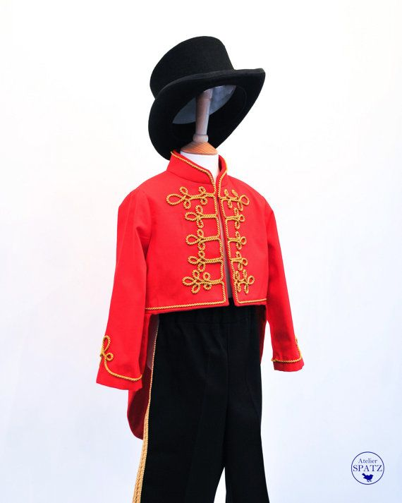 Kids Circus Ringmaster Costume  Red tailcoat with di AtelierSpatz