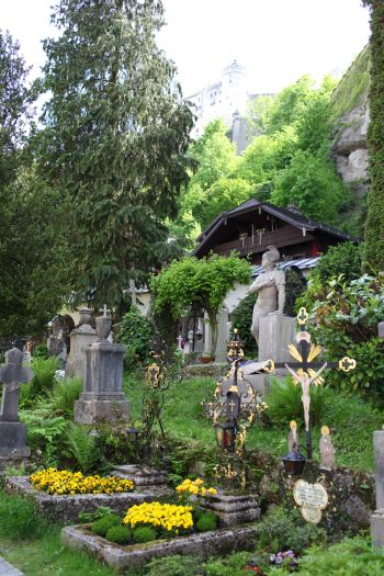 Salzburg Petersfriedhof - Inspiration for the cemetery the von Trapps hide in